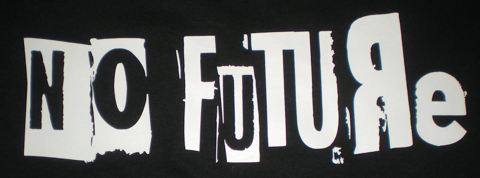 tumblr_static_motif_no_future_fond_noir