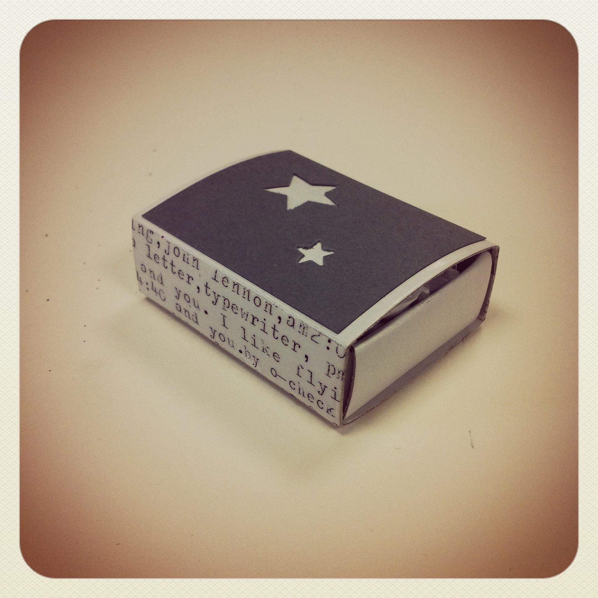 Boîte contenant une pincée de magie